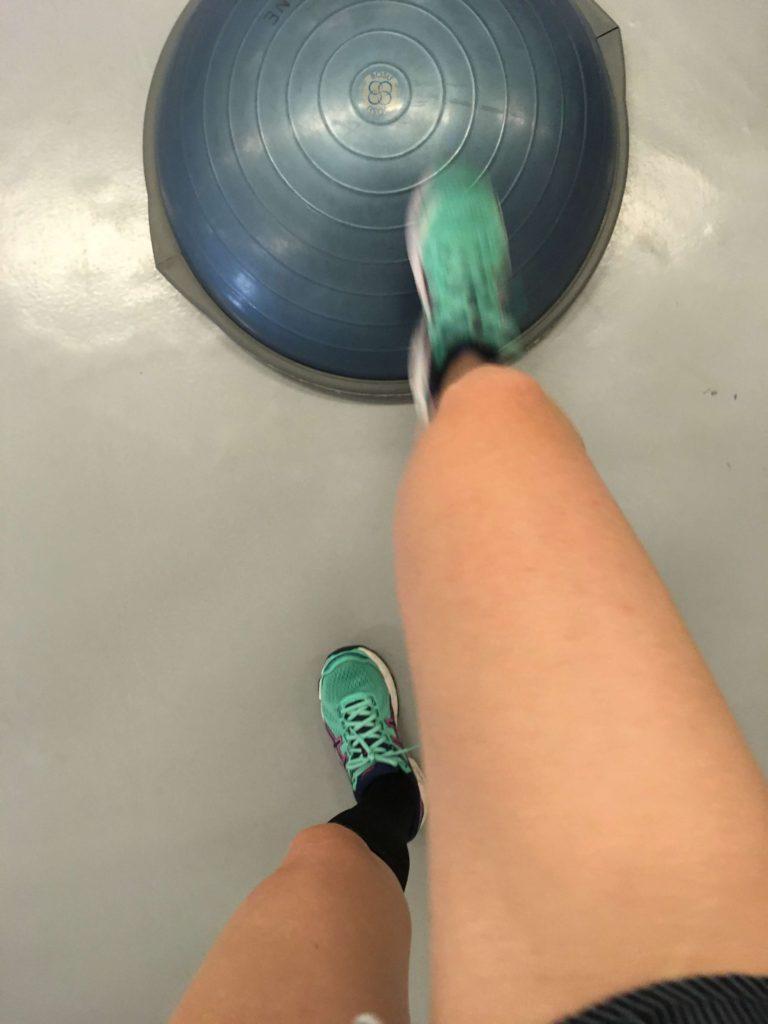 brækket-ankel-genoptræning-træningsøvelse